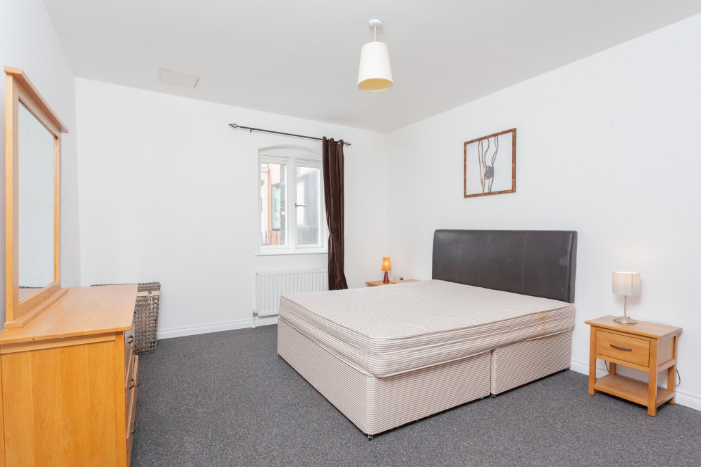 Saint Anne's Square, Apt 208, 7 Edward Street
